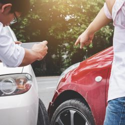 Here's What You Need to Know While Considering Enlisting a Car Crash Attorney