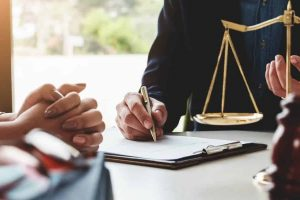 Selecting a perfect legal advisor for your start-up business
